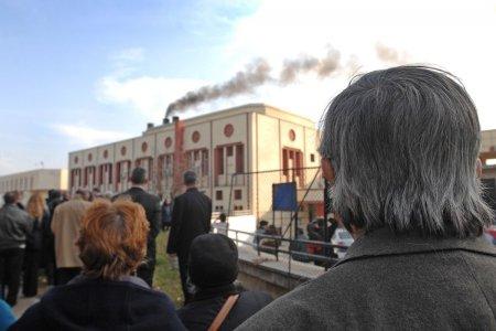 Fumul care ne ridica parintii la cer. Cifre sumbre de la Crematoriul Bu<span style='background:#EDF514'>CURESTI</span>: 91 de incinerari si alte 20 sunt in asteptare