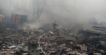 Circa 16 morti in urma unui explozii intr-o fabrica de armament din Rusia