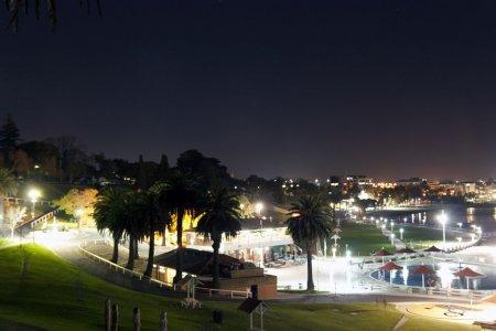 Orasul cu cea mai lunga carantina din lume a relaxat <span style='background:#EDF514'>RESTRICTI</span>ile