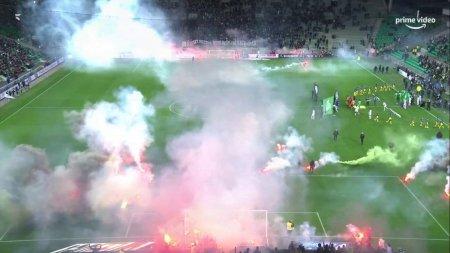 Ligue 1 = HAOS! Ultrasii au intrat pe teren si au facut prapad » Meciul e in pericol