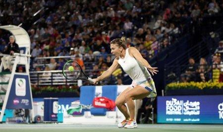 Simona Halep, eliminata in <span style='background:#EDF514'>SFERTURI</span>le de finala ale Kremlin Cup, la Moscova. De luni, va ocupa locul 17 mondial