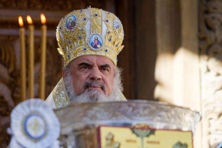 Mesajul Patriarhului Daniel catre pelerini: Respectati cu strictete sfatul <span style='background:#EDF514'>MEDICI</span>lor si masurile sanitare