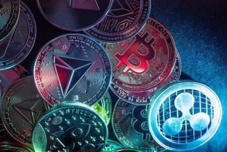Primul ETF cu expunere pe Bitcoin din SUA, in pericol de a depasi limita impusa <span style='background:#EDF514'>CONTRACT</span>elor futures. La scurt timp de la lansare, fondul gestioneaza deja active de 1 mld. dolari