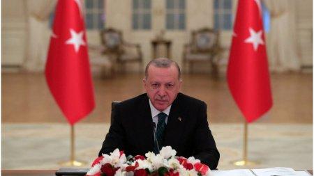 Presedintele turc adanceste criza cu SUA si tarile din vestul Europei. Ambasadorii care l-au sus<span style='background:#EDF514'>TINUT</span> pe disidentul Kavala, persona non grata