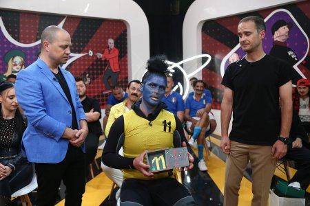 iUmor, 23 octombrie 2021. Pippino de Romania i-a dezamagit pe jurati cu numarul sau. A revenit pe scena, dar nu a convins <span style='background:#EDF514'>JURIU</span>l