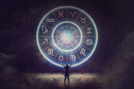 Horoscop de weekend, 24 octombrie! Zodia care are o zi incendiara: Fereste-te sa iei decizii