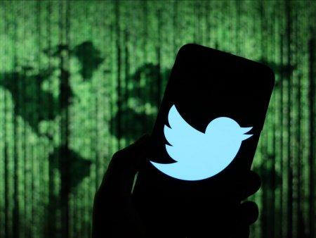 Algoritmii Twitter favorizeaza postarile politicienilor si presei de dreapta