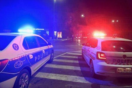 Adolescent de 16 ani, aflat la volanul masinii tatalui sau, oprit de politistii hunedoreni cu focuri de arma