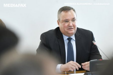 Premierul desemnat, Nicolae Ciuca, si presedintele USR, Dacian Ciolos, se vor intalni luni la Parlamen