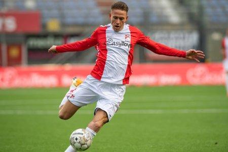 Dinamo poate bifa azi doua transferuri » Sotiile lor sunt decisive