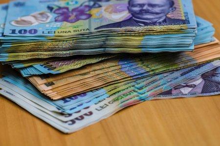 Salarii de 15.000 de euro pe luna! Cine sunt romanii care primesc deja banii