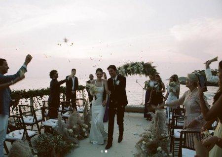 Fiica lui Paul Walker s-a casatorit. Meadow a fost condusa la <span style='background:#EDF514'>ALTAR</span> de Vin Diesel