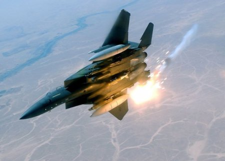 Israelul a bombardat pozitii din Siria ale organizatiei islamiste Hezbollah
