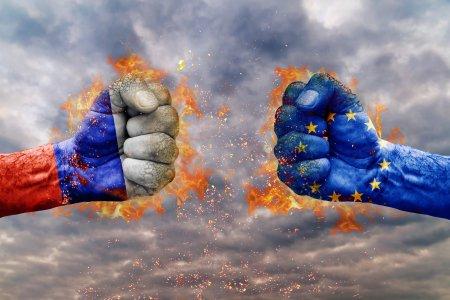 "<span style='background:#EDF514'>ALIANTA</span> Nord-Atlantica si Uniunea Europeana se pregatesc sa respinga ""amenintarea rusa"""