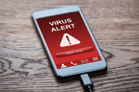 Cum iti protejezi telefonul de virusi si hackeri – 10 <span style='background:#EDF514'>SFAT</span>uri de care sa tii cont