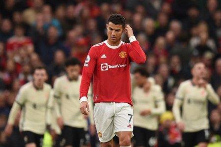 Scadere de 1,5% pe actiunile Manchester United, dupa o infrangere usturatoare in campionatul intern. Declinul din ultima luna depaseste 22%