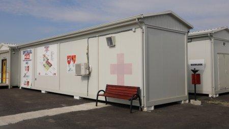Mai <span style='background:#EDF514'>FRIG</span> in spital decat afara: Spitalul Modular Letcani functioneaza cu toate usile deschise