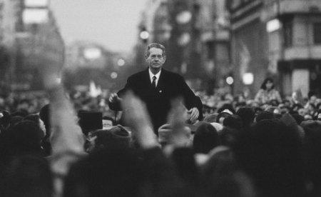 VIDEO <span style='background:#EDF514'>REGELE MIHAI</span> I: Speranta unui viitor in democratie in negura anilor totalitarismului. Unde am fi fost azi?