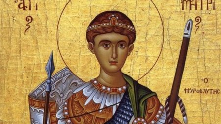 Calendar ortodox 26 octombrie 2021. Sarbatoare cu cruce rosie de Sfantul Mucenic Dimitrie, Izvoratorul de Mir