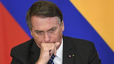 Presedintele brazilian Jair Bolsonaro a fost <span style='background:#EDF514'>BLOC</span>at pe YouTube dupa ce a facut legatura intre COVID si SIDA