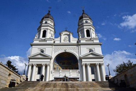 Calugarul de la Manastirea Durau, care a lansat mai multe mesaje anti-vacciniste, anchetat de Mitropolia Moldovei si Bucovinei