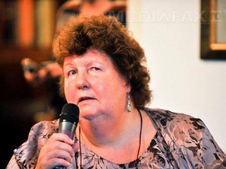 Scotiencei Sally Wood Lamont i se cere demisia de la conducerea Comitetului National P<span style='background:#EDF514'>ARAL</span>impic Roman