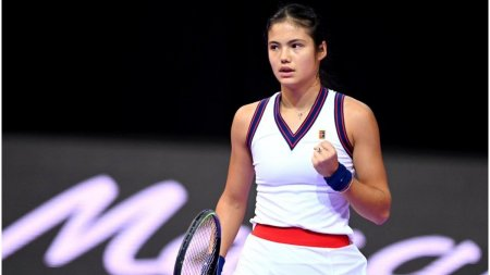 Emma Raducanu s-a calificat in optimi la Transilvania Open: Sunt ca <span style='background:#EDF514'>ACASA</span> aici