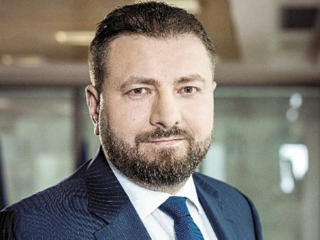 ALRO, cel mai mare consumator de energie din Romania: Bursa de energie nu functioneaza, asa ca traderii au putut crea o bula speculativa. Impactul este semnificativ. Felul de functionare al bursei de energie OPCOM a fost in sine un element care a dus la cresterea fara precedent a preturilor, spune Marian Nastase, presedintele boardului