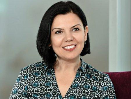 Mihaela Biciu se retrage din functia de CEO al Tradeville, cel mai activ broker pe piata de retail din Romania, dupa doua decenii. Iau o binemeritata <span style='background:#EDF514'>PAUZA</span>. Imi voi relua apoi viata profesionala, probabil tot in piata de capital