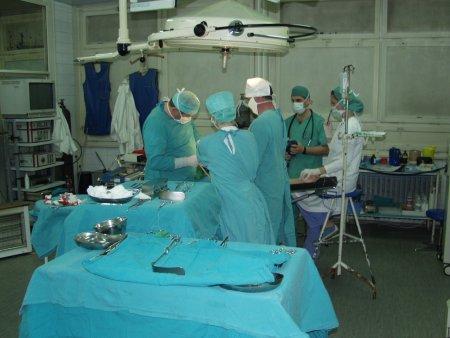 Franta: Casca virtuala pentru reducerea durerii si stresului pacientului in timpul interventiei chirurgicale