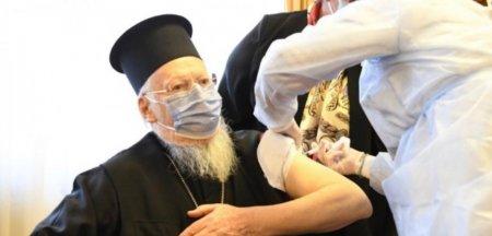 Ii pot convinge preotii pe romani sa se vaccineze? Raspunsulneasteptat in urma unui sondaj de opinie