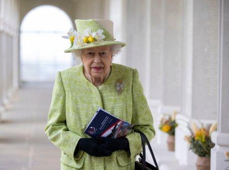 Ce se intampla cu hainele vechi ale Reginei Elisabeta a II-a. Abia acum a iesit la iveala adevarul