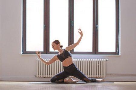 """Daca esti deja adult, nu ai niciun fel de experienta in domeniu, ci doar curiozitate si dorinta, mai poti face balet? Cei mai multi identifica baletul cu un stil de dans foarte solicitant si considera ca e prea tarziu ca adult sa inceapa"""""""