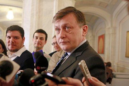 Crin Antonescu: Refacerea coalitiei PNL-USR, o varianta infundata. Niciodata nu am vazut atata ostilitate intre doua partide