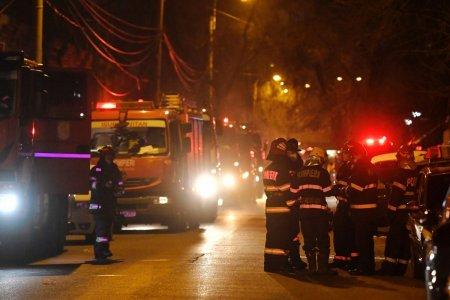 O adolescenta din Tulcea a sarit de la etajul patru ca sa scape dintr-un incendiu